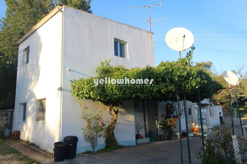 2 bedroom house on a large plot near Loule for sale